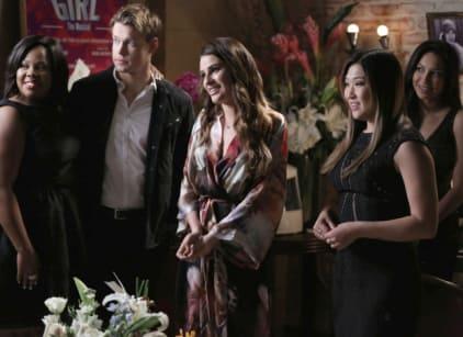 Watch Glee Season 5 Episode 17 Online