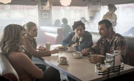 Welcome Home Party - Riverdale Season 2 Episode 8