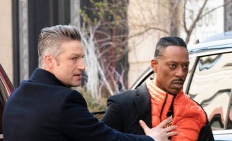 Carisi With a Suspect - Law & Order: SVU Season 20 Episode 22