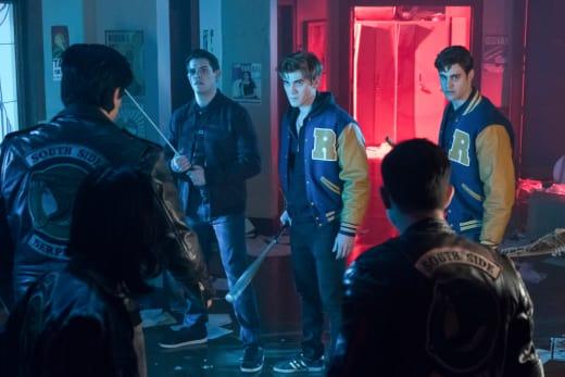 Battleground - Riverdale Season 2 Episode 21