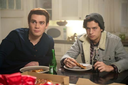 Pizza Privacy - Riverdale Season 1 Episode 9