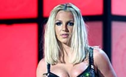 American Idol Judges Show Britney Spears Love