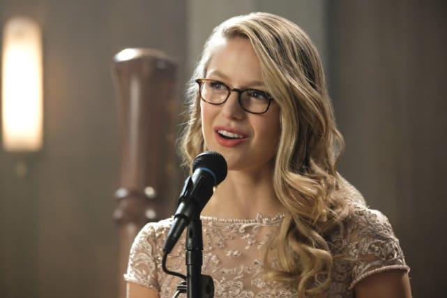 A Super Speech Or Song - Supergirl Season 3 Episode 8