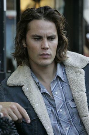 Taylor Kitsch Photograph