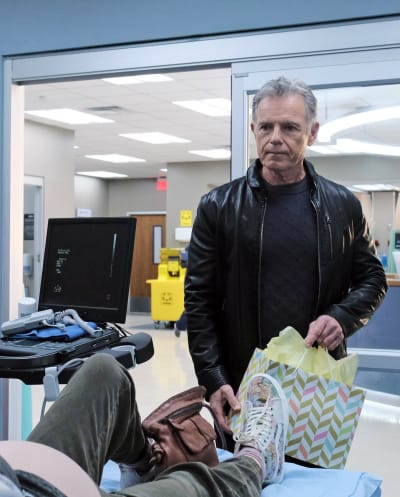 Bell's Efforts - Tall - The Resident Season 4 Episode 9