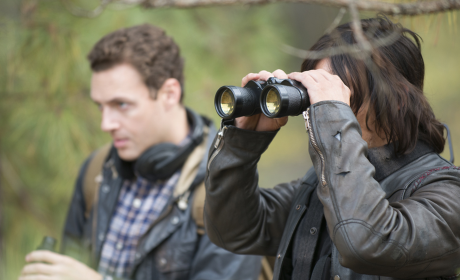 I Spy... - The Walking Dead Season 5 Episode 16