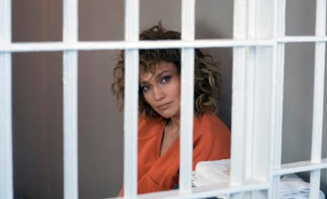 Behind Bars - Shades of Blue Season 3 Episode 10