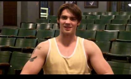 Steven R. McQueen Talks Tattoos, Unusual Living Arrangements on The Vampire Diaries Season 5