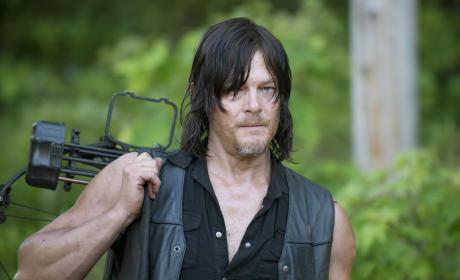 Daryl ready to go - The Walking Dead Season 6 Episode 1