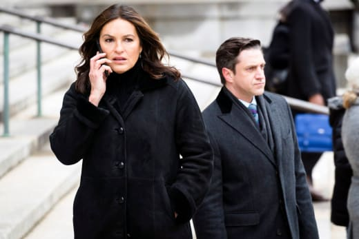 Law & Order: SVU - Olivia Gets a Worrying Phone Call