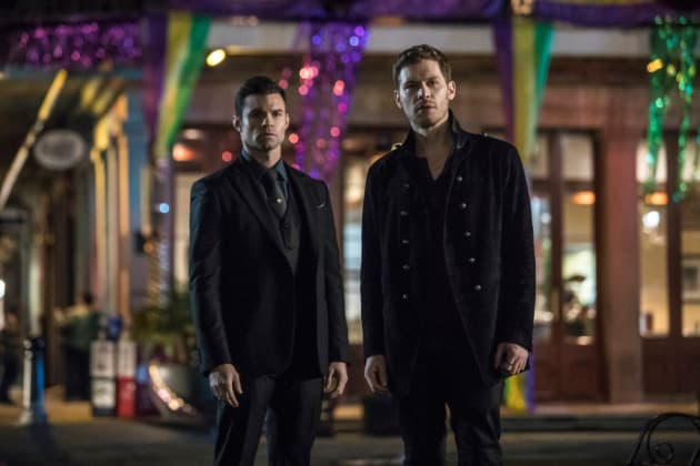 A Tale of Two Brothers - The Originals Season 5 Episode 13