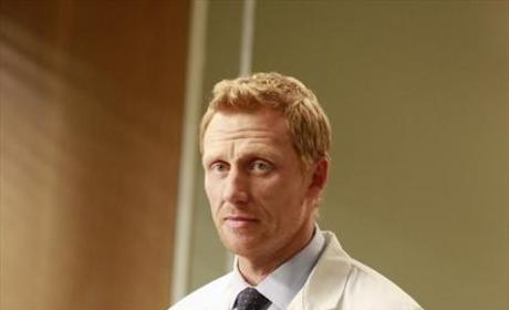 Doctor Owen Hunt Pic