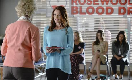 Blood Drive - Pretty Little Liars Season 5 Episode 19