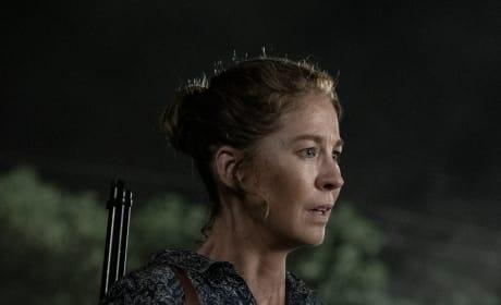 June Searches for Survivors - Fear the Walking Dead Season 5 Episode 13