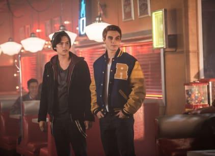 Watch Riverdale Season 1 Episode 2 Online