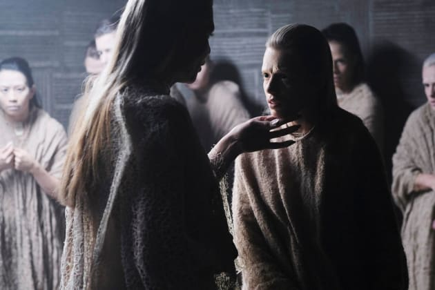 The Fairy Queen Empowers Her People - The Magicians Season 3 Episode 10
