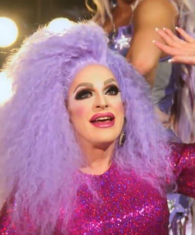 Awkward Dancing - RuPaul's Drag Race All Stars Season 6 Episode 7