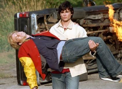 Watch Smallville Season 1 Episode 2 Online