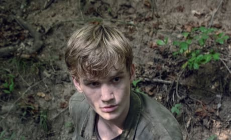 Henry To The Rescue - The Walking Dead Season 9 Episode 12