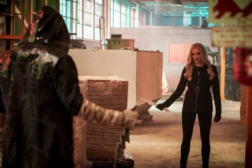 Cicada and Killer Frost Square Off - The Flash Season 5 Episode 11