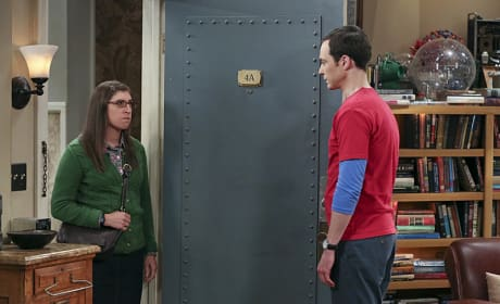 A Confrontation - The Big Bang Theory Season 9 Episode 2
