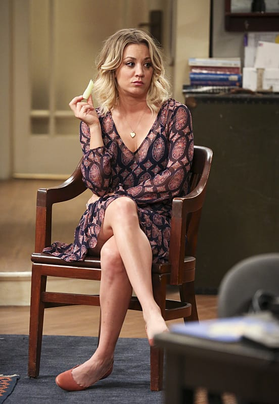 Penny Is Clearly Annoyed - The Big Bang Theory Season 9 Episode 24 - Tv Fanatic-8506