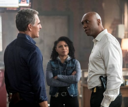 Meeting of the Minds - NCIS: New Orleans Season 4 Episode 15