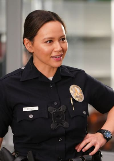 Lucy Looks at Ease - The Rookie Season 2 Episode 13