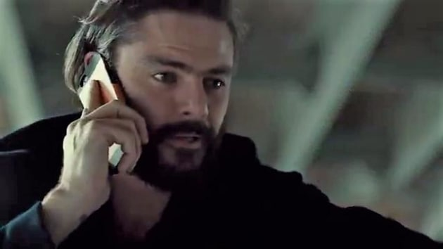 Des On the Phone - Mary Kills People Season 2 Episode 4