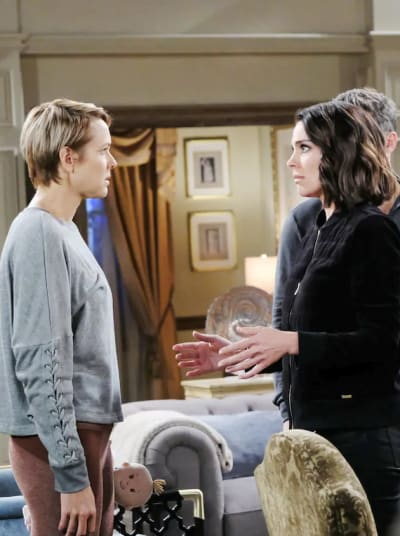 (TALL) Chloe vs Nicole - Days of Our Lives