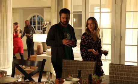 Awkward Dinner - A Million Little Things Season 1 Episode 4
