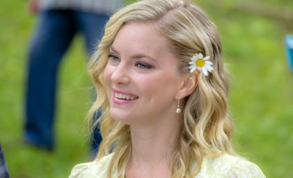 Cindy Busby Previews Her New Hallmark Movie, Romance In the Air
