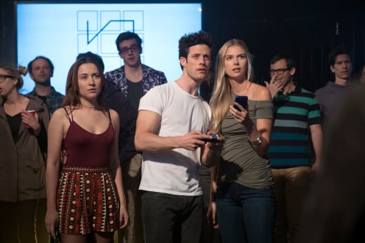 Battle Ready - Stitchers Season 3 Episode 6
