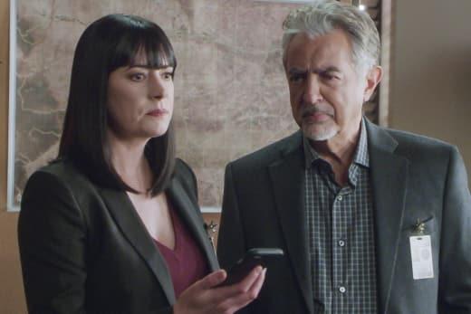Brain Trust - Criminal Minds Season 13 Episode 17