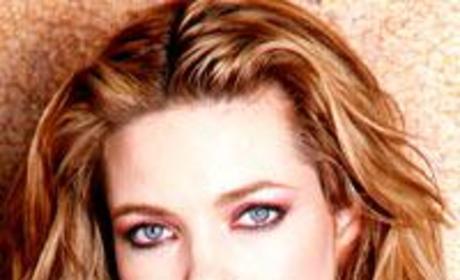 Amelia Heinle Picture