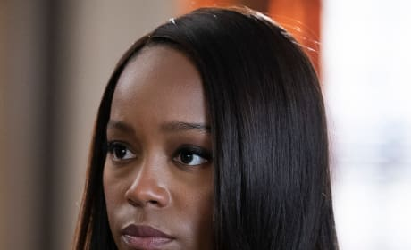 Stern Michaela - How To Get Away With Murder Season 5 Episode 12