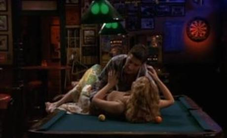 Ross and Phoebe Kiss