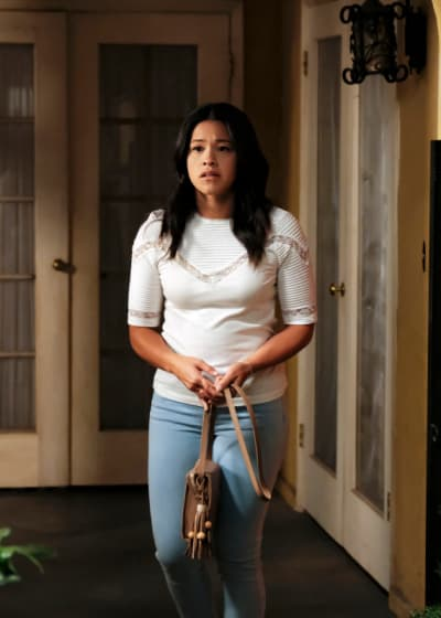 Too Much to Handle  - Jane the Virgin Season 5 Episode 2