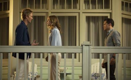 Talking Emily Down - Revenge Season 4 Episode 5