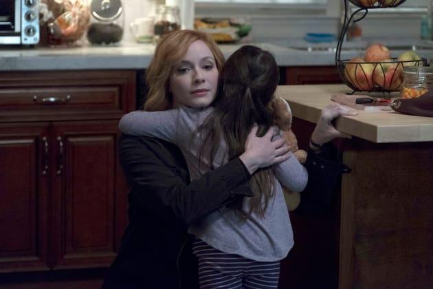 Sharing A Moment- Good Girls Season 1 Episode 2