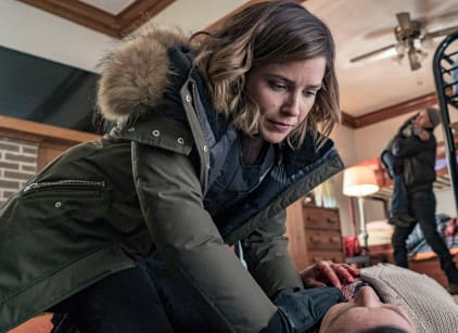 Watch Chicago PD Season 3 Episode 18 Online