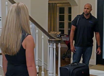 Watch Kendra on Top Season 4 Episode 17 Online
