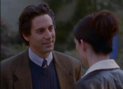 Watch Gilmore Girls Season 1 Episode 5 Online