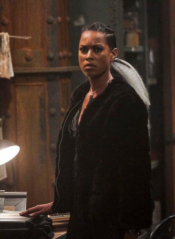 The Briefcase - Black Lightning Season 2 Episode 15