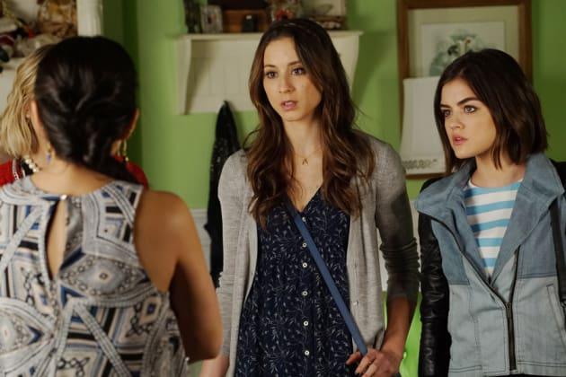The Shocks Stop - Pretty Little Liars Season 6 Episode 7