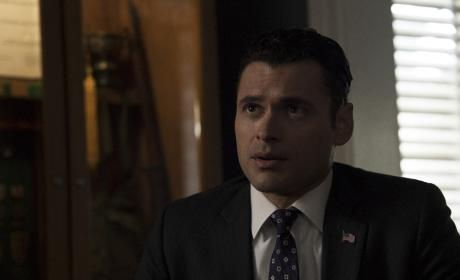 Aaron on the Move - Designated Survivor Season 1 Episode 21