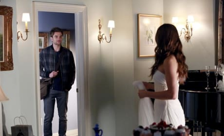 """Pretty Little Liars Photos from """"Unbridled"""""""