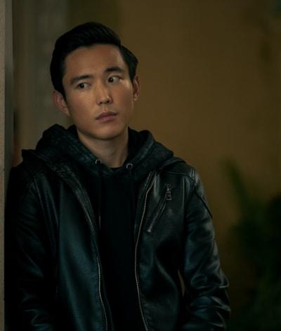 Ben Looks On - The Umbrella Academy Season 2 Episode 6