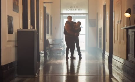 Cry For Help - Riverdale Season 2 Episode 1