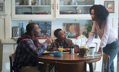 Breakfast - All American Season 1 Episode 1